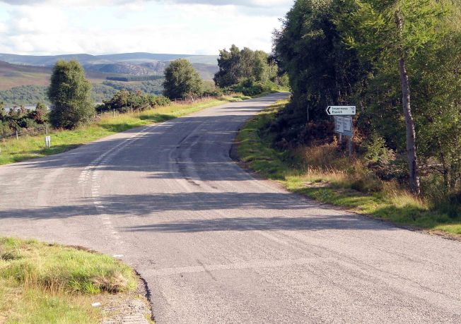 At last the junction at the top of the hill of pain.  A left takes us back to Inverness a right on to moors and lochs and endless vistas of great cycling